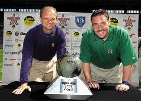 Kent e Tomsula con il World Bowl